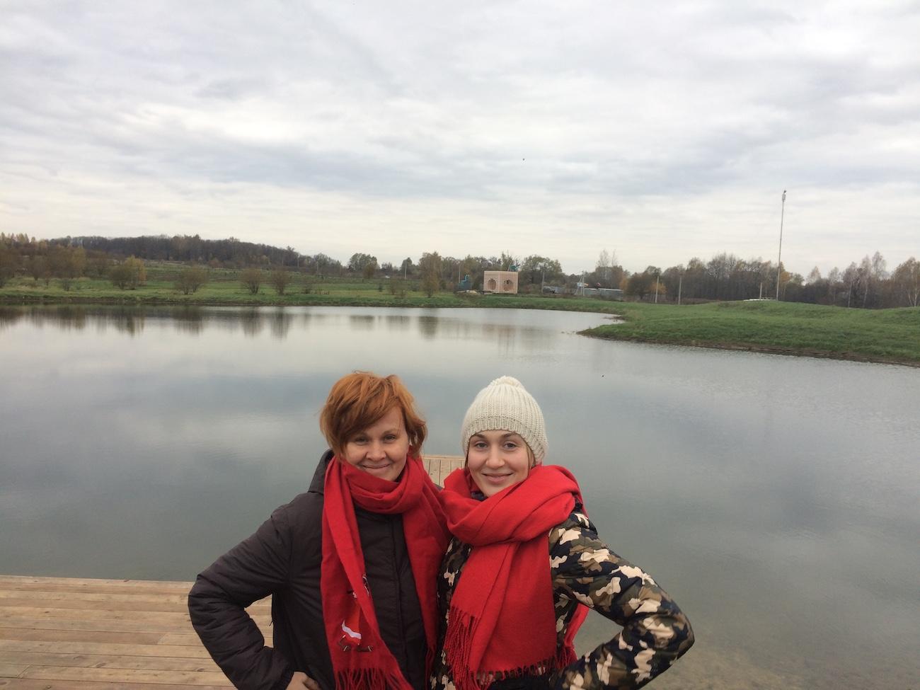 Lusia Karkle and Alena Loktionova, 22 October 2016